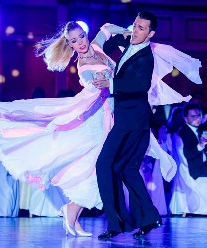 Описание танца Медленный Фокстрот