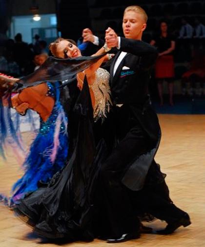 Описание танца Танец Квикстеп